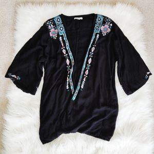 American Eagle black embroidered kimono